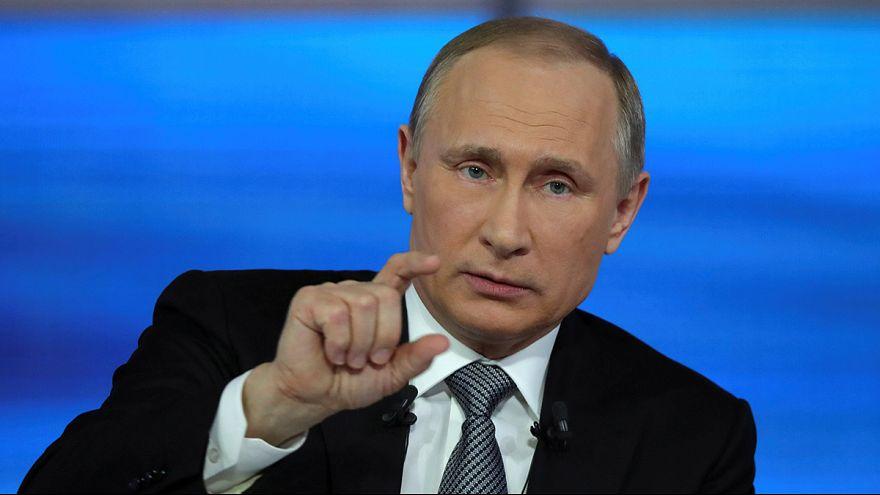 Президент РФ Владимир Путин ответил на вопросы россиян в прямом эфире