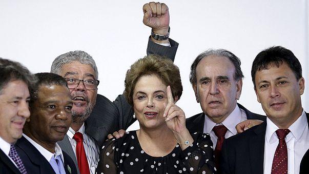 Brezilya: Devlet Başkanı Rousseff'in oylama öncesi son talebi de reddedildi