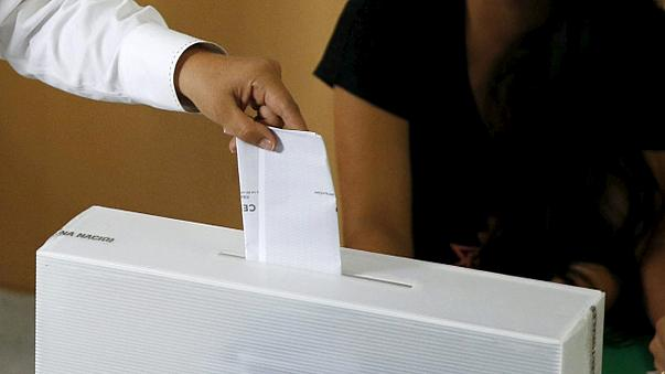 Június 5-én előrehozott parlamenti választásokat tartanak Macedóniában