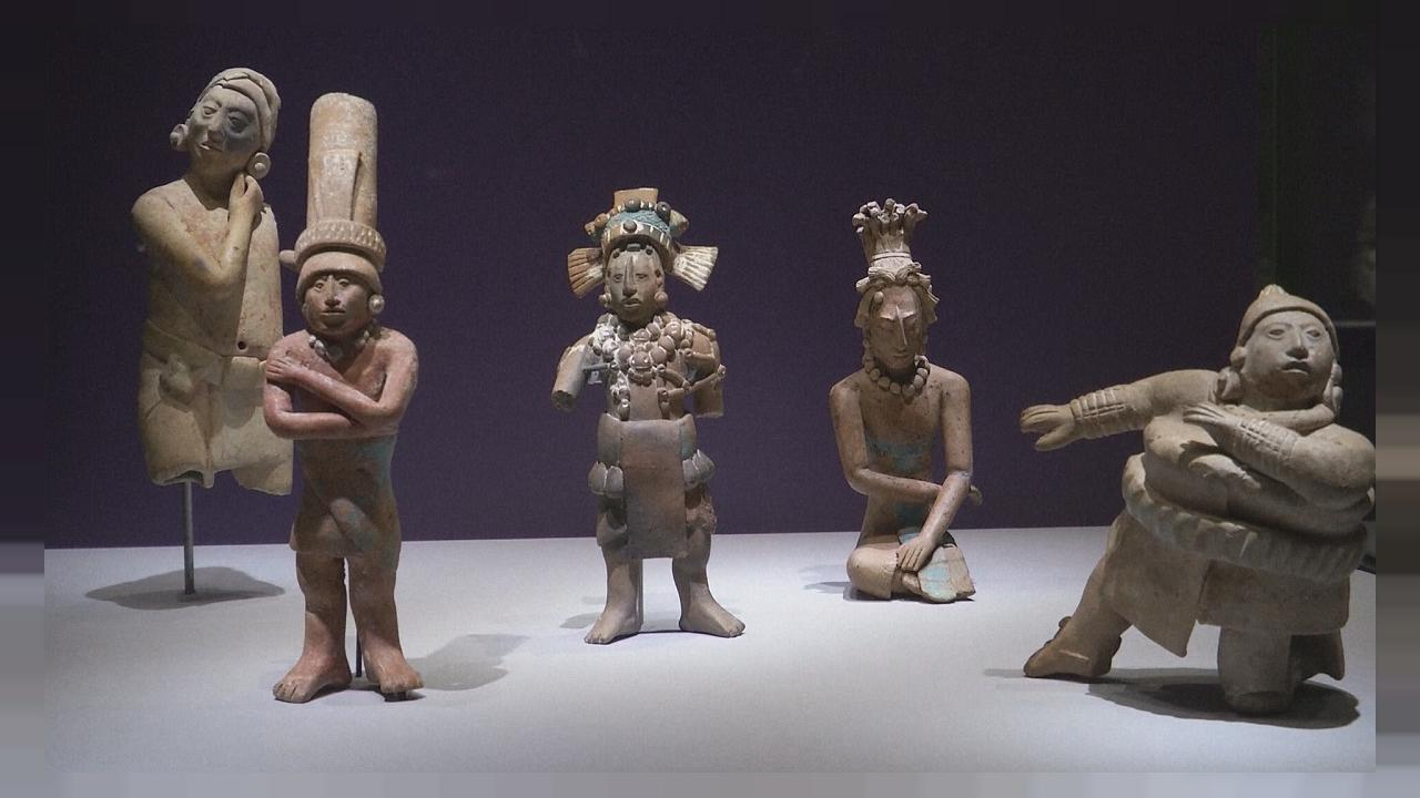 Mayalara ait 2000 yıllık heykeller Berlin'de sergileniyor