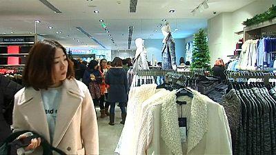 Crescimento da economia chinesa volta a abrandar