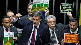 Βραζιλία: Θυελλώδης συνεδρίαση για την καθαίρεση Ρούσεφ στην βουλή