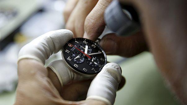 El Gobierno de Venezuela adelantará el reloj 30 minutos por la crisis energética