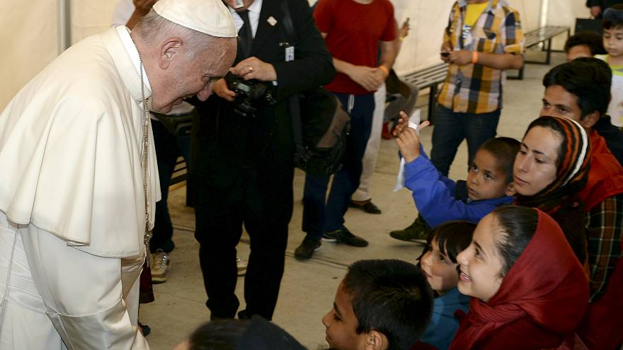 """You are not alone,"" Pope Francis tells migrants stranded in Greece"