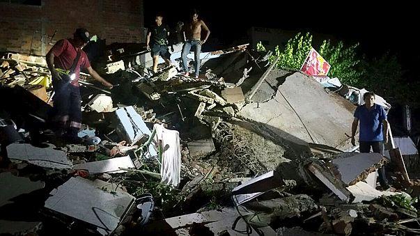 Strong earthquake causes 'considerable damage' in Ecuador