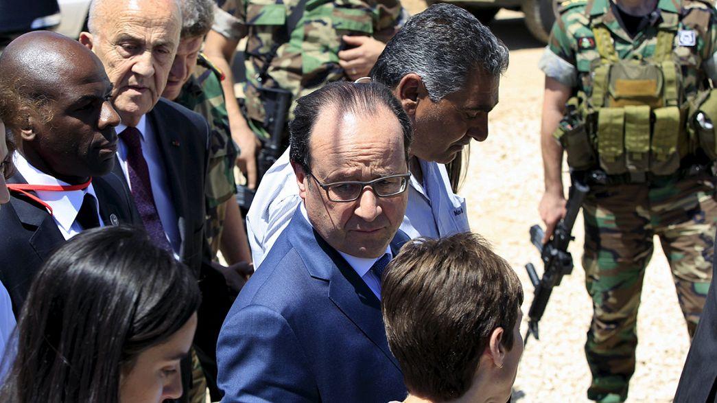 Hollande promete cien millones de euros al Líbano para paliar la crisis de refugiados