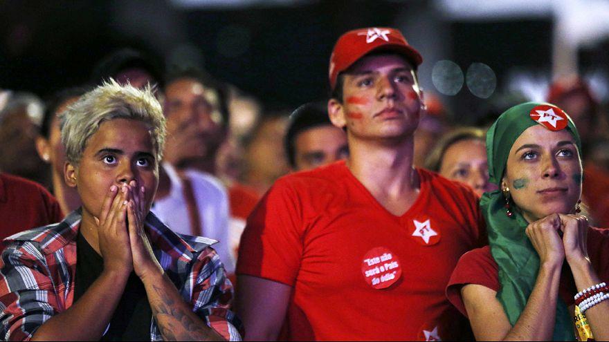 حامیان خشمگین دیلما روسف اقدام پارلمان برزیل را فاشیستی خواندند