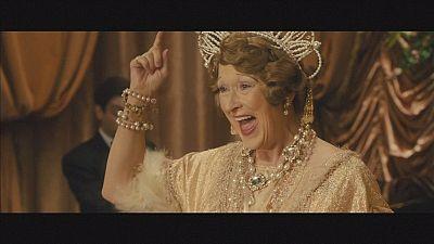 """Meryl Streep incarna """"Uma diva fora de tom"""""""