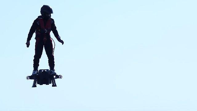 Flyboard Air, l'hoverboard du futur ?