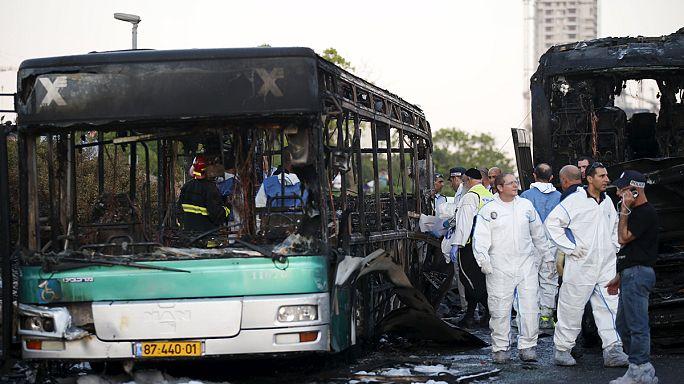 إصابة ما يقرب من 16 شخصا في إنفجار لحافلة في القدس