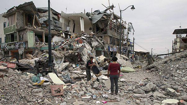 إرتفاع حصيلة قتلى زلزال الاكوادور الى 350 قتيلا على الأقل