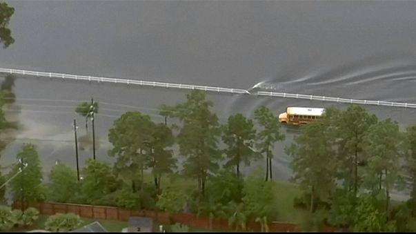 EEUU: Cinco muertos en las inundaciones de Houston