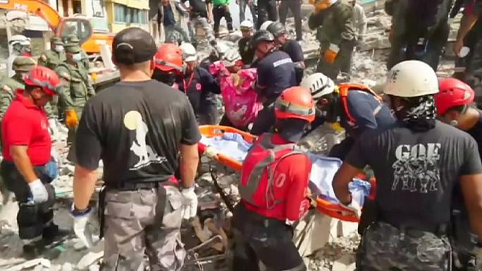 Ecuador quake search enters third day as hopes fade of finding survivors