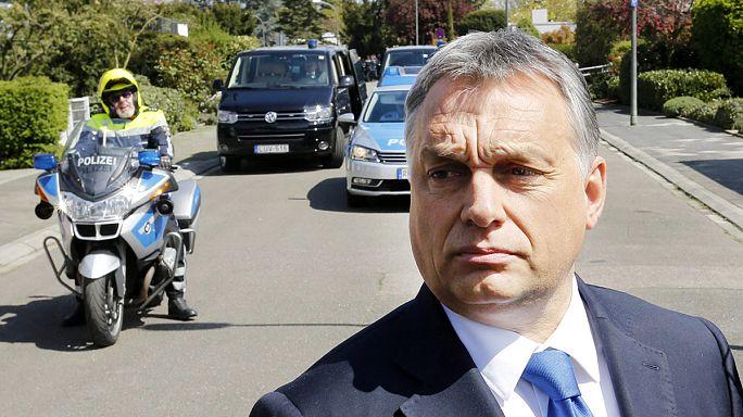 Mi lehet az Orbán-Kohl találkozó mögött?