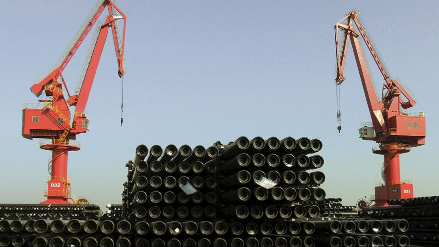 China's steel output increases as talks on global glut fail