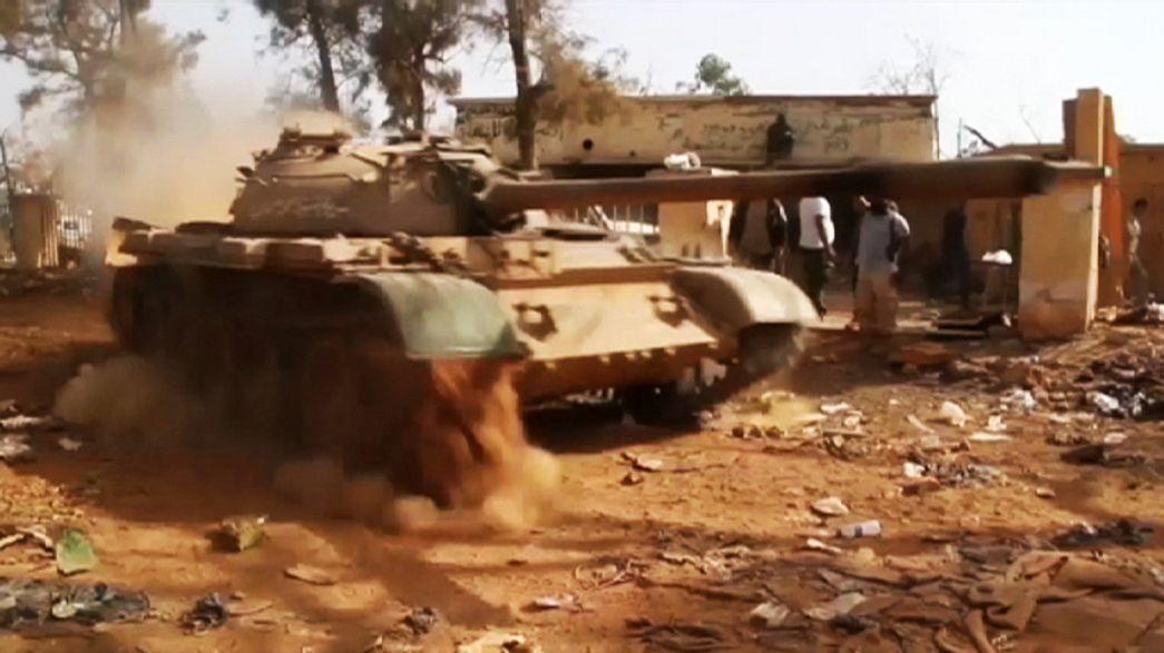 El Ejército libio y el Dáesh libran la batalla de Bengasi