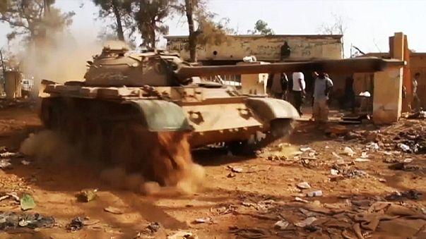 Libya Düzenli Ordusu operasyonlarını sıklaştırdı