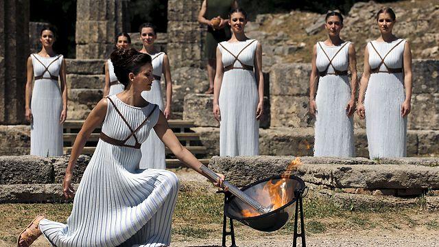 من أين جاءت الشعلة الأولمبية؟