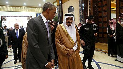 Obama, en Riad para reunirse con el rey saudí y participar en cumbre del CGG