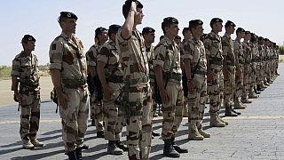 Mali : la présence militaire française fait débat