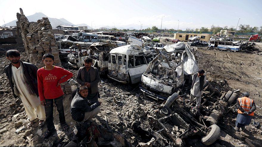 Kabul: nagyon sok a halott és a sebesült a keddi kabuli merénylet után