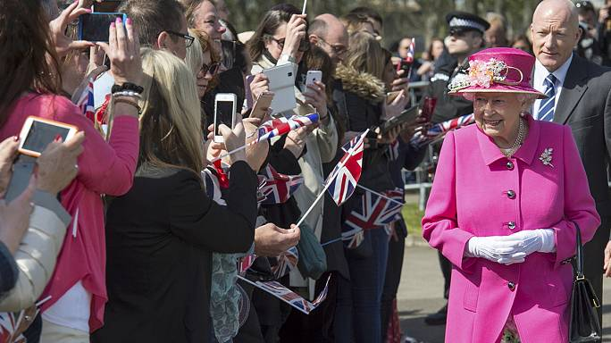Britain marks Queen Elizabeth's 90th birthday, Royal Mail's 500th