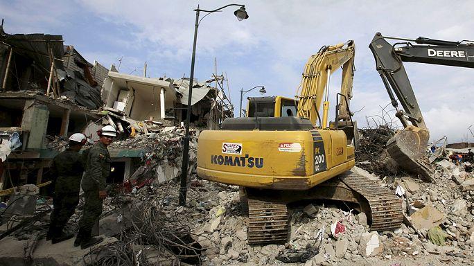 Ecuador: rendkívüli adót vetnek ki a földrengés miatt