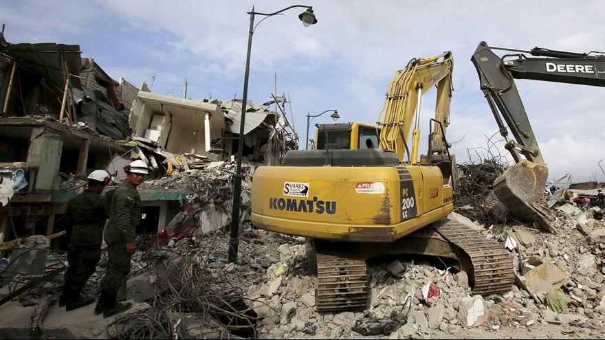 Equador anuncia medidas extraordinárias para financiar reconstrução pós-sismo