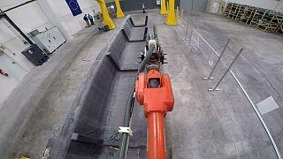 Riesenroboter für filigrane Feinarbeiten