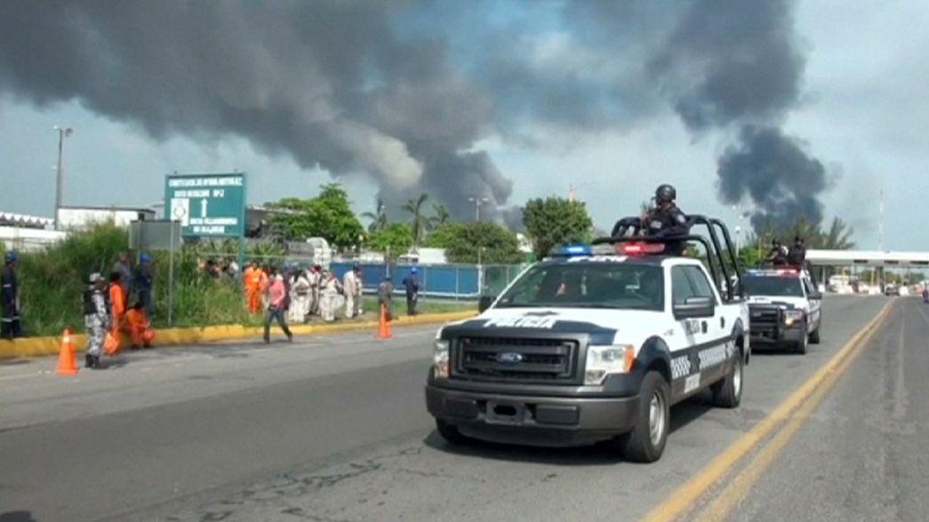 Al menos 13 muertos tras una explosión en un complejo petroquímico mexicano