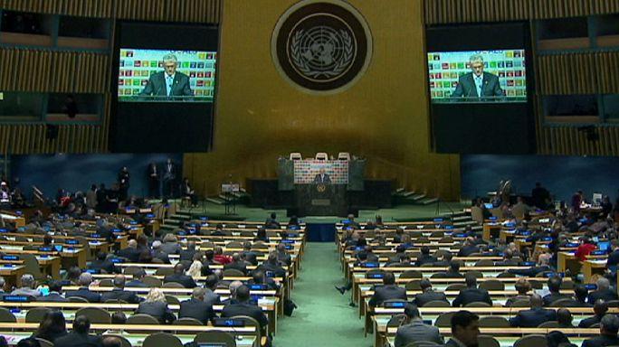 165 líderes mundiales firman el tratado del clima de París en la sede de la ONU
