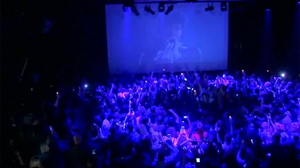 USA: Prince fans' tribute