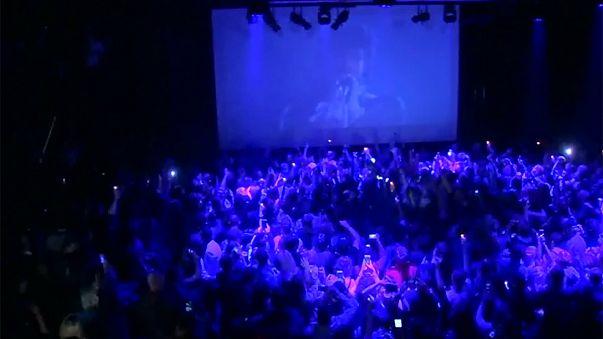 Prince : ses fans lui rendent hommage