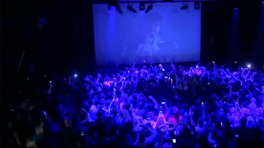 EUA: o tributo dos fãs de Prince