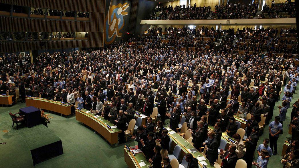 Número recorde de países assinam acordo sobre clima na sede da ONU