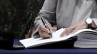 Unprecedented 175 nations sign UN climate change deal