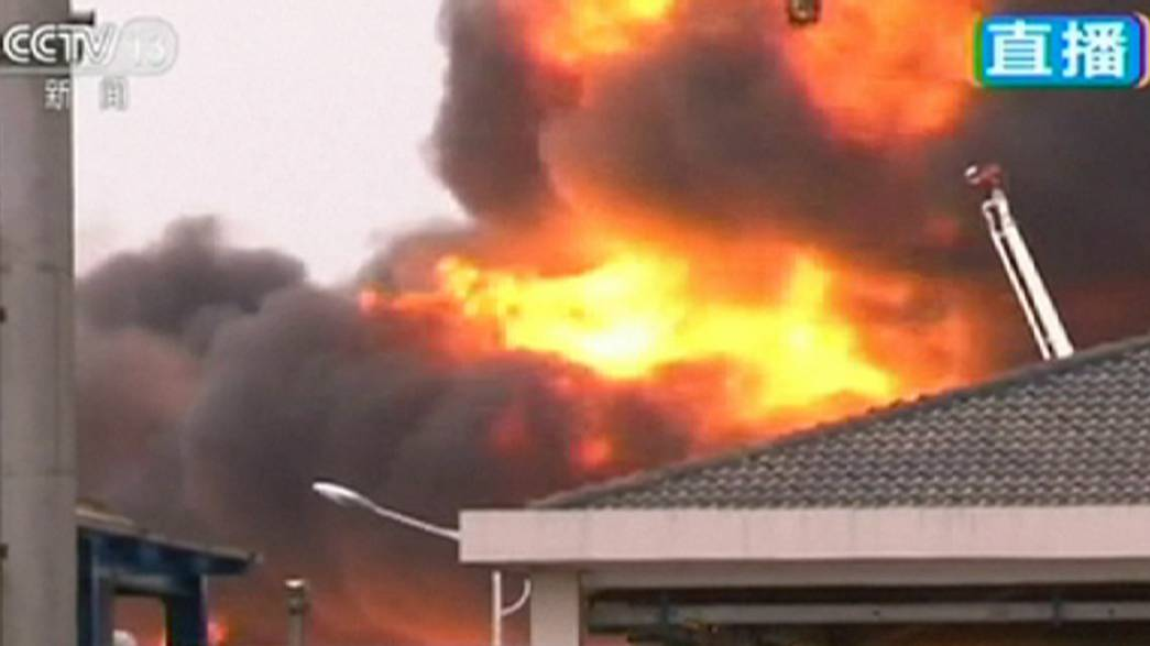 China: Großbrand in Chemielager