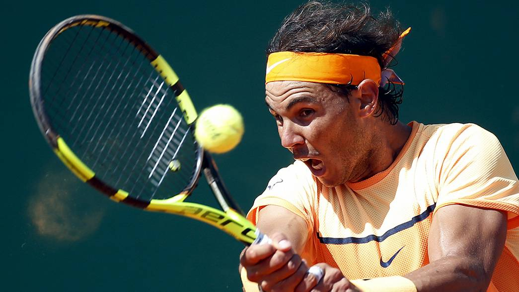 Nadal y Nishikori, dura pelea por el Conde de Godó