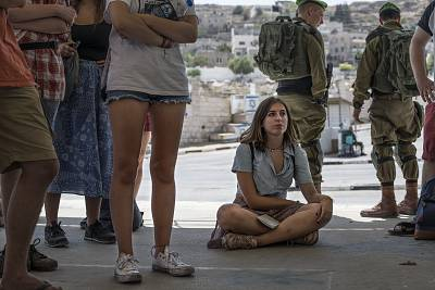 A group of Jewish students from Great Britain visit Hebron on a tour organized by the anti-occupation group Breaking the Silence, which aims to show the reality of everyday life in the occupied city.