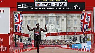 Kenyans triumph in the 2016 London Marathon