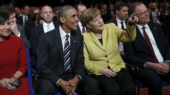 Obama'dan Merkel'e mülteci övgüsü