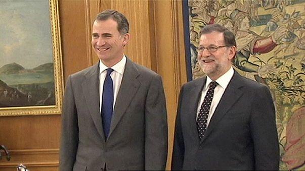 محادثات بين العاهل الإسباني والأحزاب الرئيسية لتفادي انتخابات تشريعية مبكرة