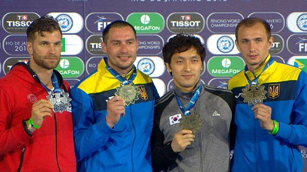 المدالية الذهبية لنكيشين في بطولة ريو دي جانيرو للمبارزة بالشيش