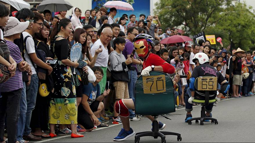 [WATCH] Edge-of-seat stuff at world office chair race in Taiwan