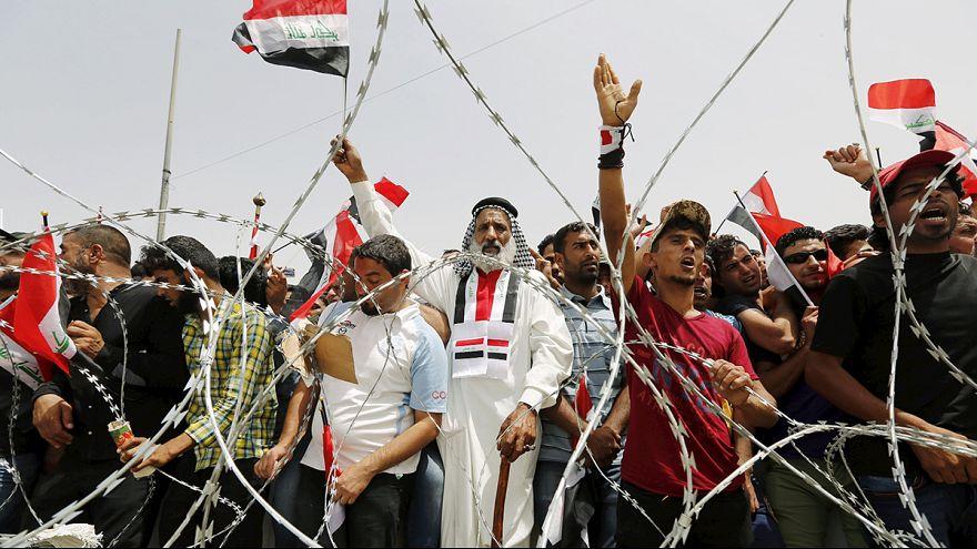 """Anti-Regierungsproteste in Bagdad: """"Alle Politiker sind Diebe"""""""