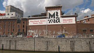 """Molenbeek tem mais que """"jihadistas"""" - Também há arte"""