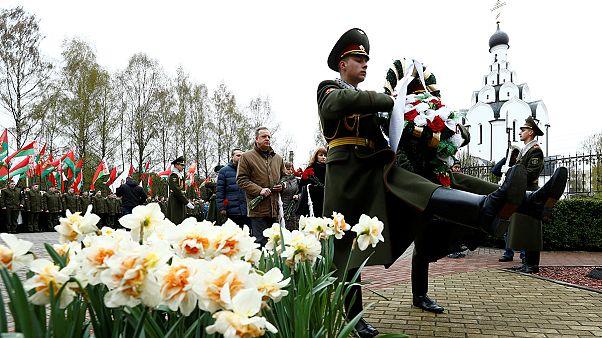 برگزاری مراسم بزرگداشت قربانیان فاجعه چرنوبیل در کی یف و مسکو