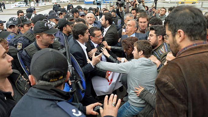 'Anayasada laiklik olmamalı' diyen Meclis Başkanı Kahraman protesto edildi