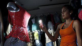"""Venezuela reduz semana laboral a dois dias úteis para evitar """"apagão"""""""