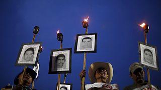 مظاهرة للمطالبة بكشف حقيقة اختفاء 43 طالبا في المكسيك